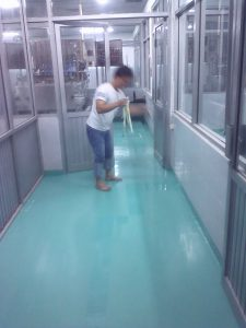 Proses Finishing epoxy lantai
